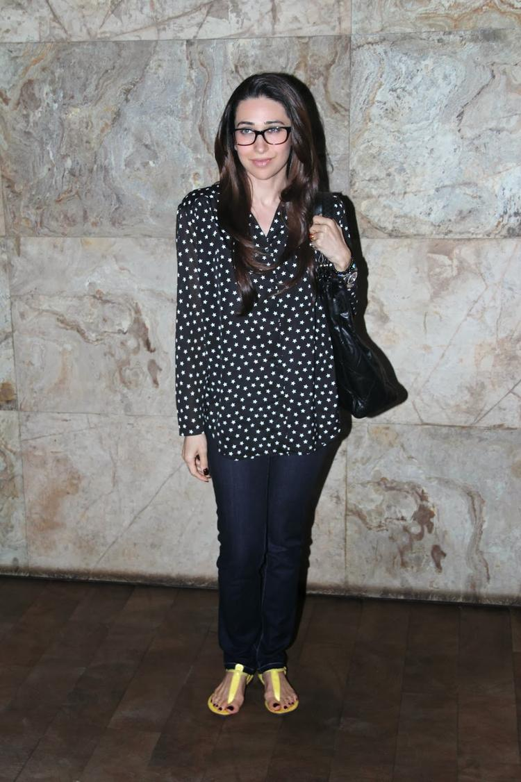 Karisma Kapoor Simple Glamour Look Clicked At The Screening Of Bullet Raja