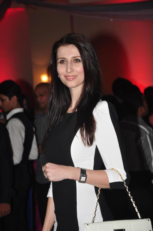 Foreign Beauty Claudia Ciesla Looking Striking In Black And White Attire At Rohit Verma Marigold Watches Fashion Show 2013