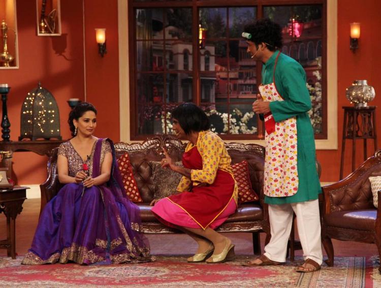 Madhuri,Chandan And Raju On Comedy Nights With Kapil During Dedh Ishqiya Promotion