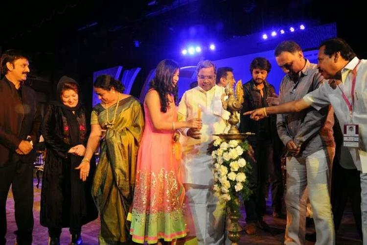 Radhika Pandit Light The Lamp At Bangalore International Film Festival