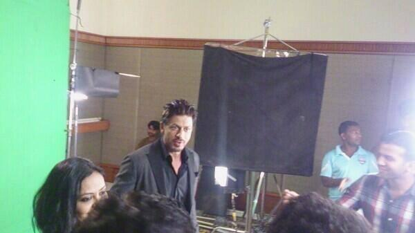 Shahrukh Khan Dazzled During The Zee Cinema Awards 2014 Press Conference