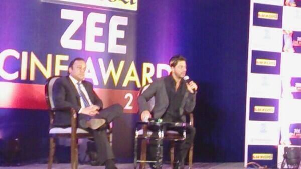 Shahrukh Khan Present At Zee Cinema Awards 2014 Press Conference