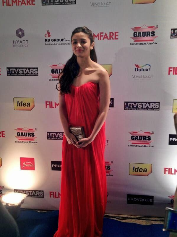 Beautiful Alia Bhatt Attend  59th Idea Filmfare Pre-Awards Bash