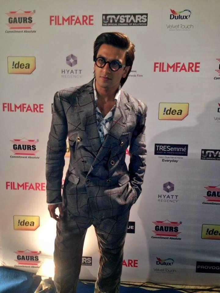 The Uber Cool Ranveer Attend 59th Idea Filmfare Pre-Awards Bash