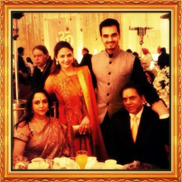 Dharmendra And Hema Pose With Esha And Bharat During Ahana's Wedding Ceremony