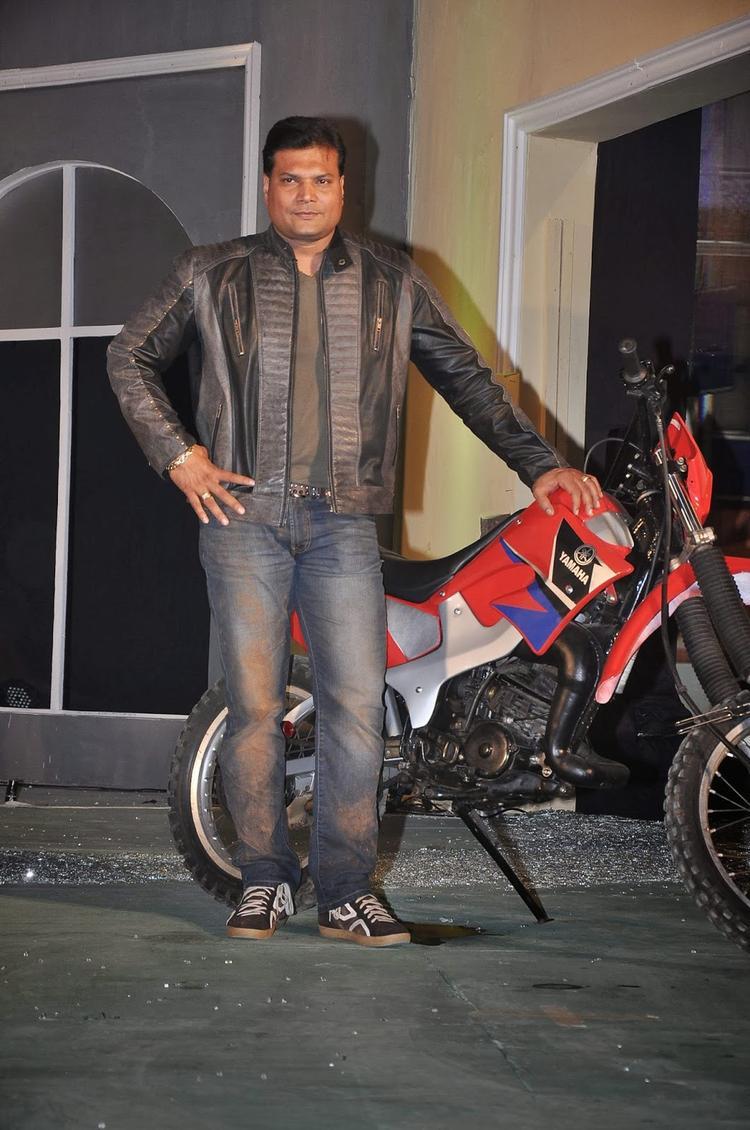 Dayanand Shetty Posed At The Launch Of Fear Factor – Khatron Ke Khiladi Season 5
