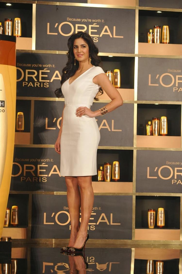 Katrina Looked Stunning At The Launch Of  L'Oréal Paris In Mumbai