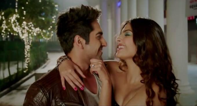 Ayushmann And Sonam Smiling Cool Look Still From Bewakoofiyaan Movie