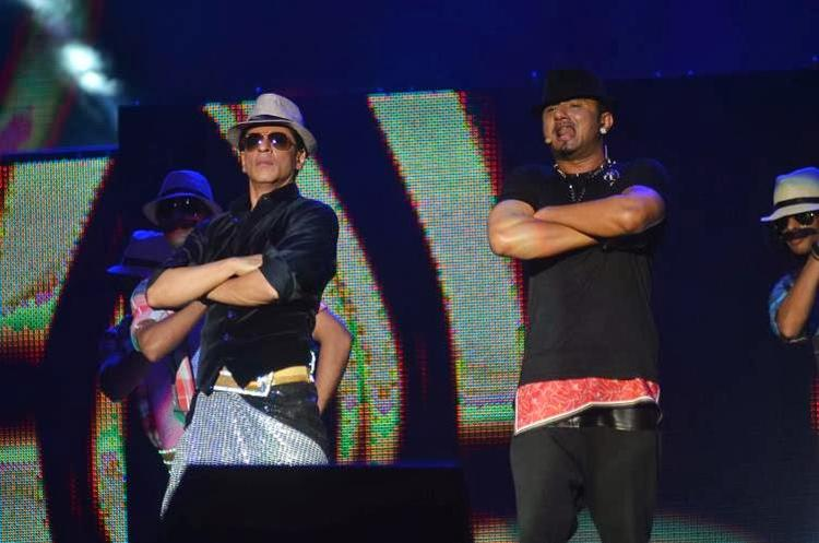 SRK And Honey Singh Performed At Temptation Reloaded 2014 In Malaysia