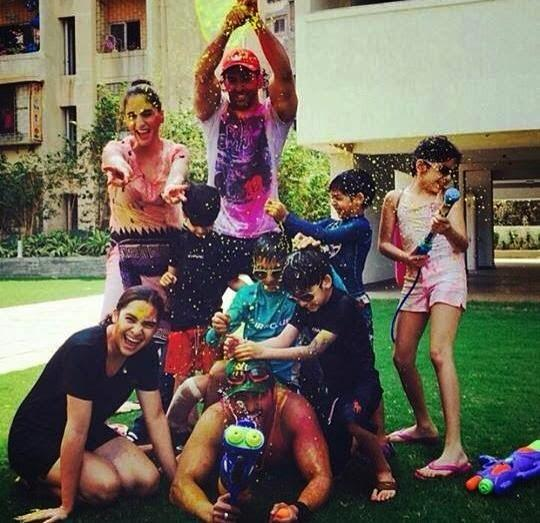 Hrithik Roshan Funny Pose In Holi Celebration Photo