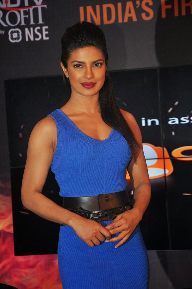 Priyanka Chopra Gorgeous Look At NDTV First Dual Channel Launch Event