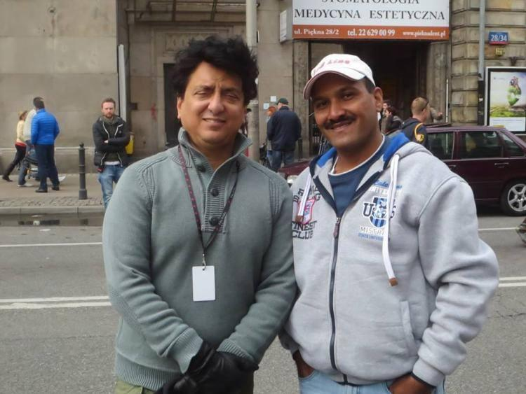Mr Sajid Nadiadwala On The Set Of Kick With A Fan
