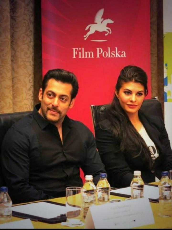 Salman And Jacqueline Stunning Pic During The Press Conference Of Kick