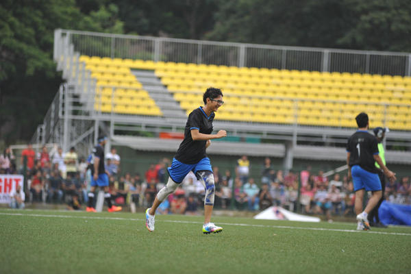 Kiran Rao Running Pose During Ira Khan Organised Charity Football Match 2014