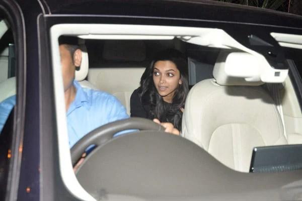 Deepika Padukone Snapped In Mumbai With Casual Look
