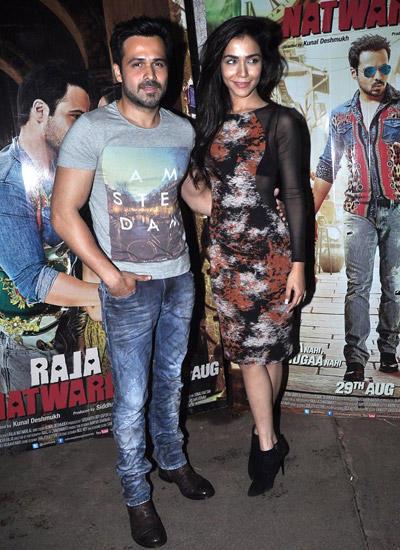 Emraan Hashmi And Co-Star Humaima Malick Posed For Lenses During Raja Natwarlal Special Screening