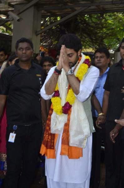 Abhishek Bachchan Visits Siddhivinayak Temple In Mumbai To Pray To Lord Ganesha