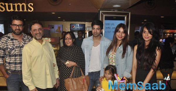 Bipasha Basu Came To Watch Her Movie Creature 3D With Her Family