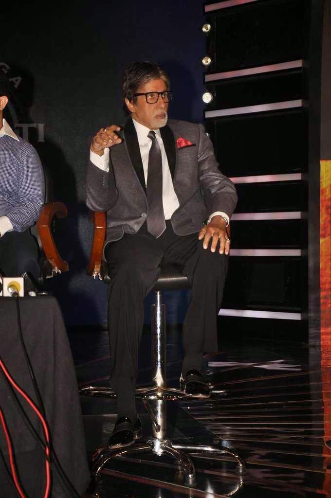 Big B During The Latest Kaun Banega Crorepati- 8 2014 Episodes