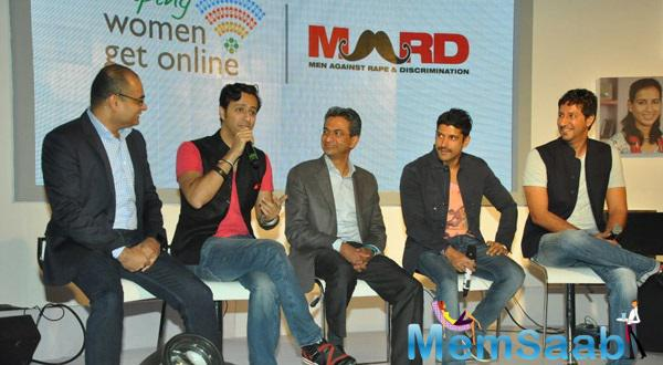 Salim Merchant Addresses The Media,Farhan Akhtar,Sulaiman Merchant And Others Are Looked On At The Launch Of MARD Song Event