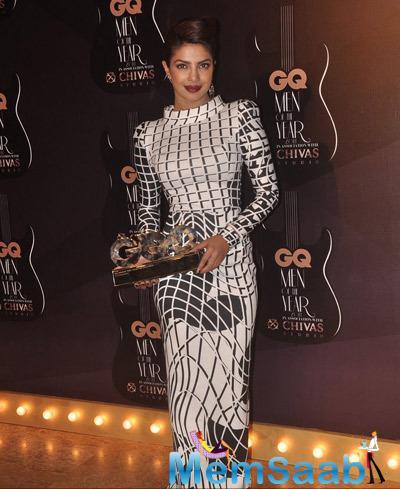 Priyanka Chopra Gorgeous Look At GQ Men Of The Year Awards 2014