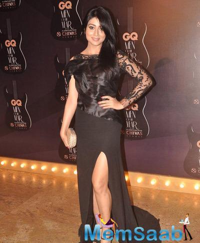 Shriya Saran Posed For Camera At GQ Men Of The Year Awards 2014