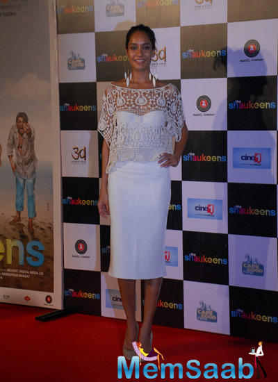 Glamour Lisa Haydon Spotted At Shaukeens Trailer Launch