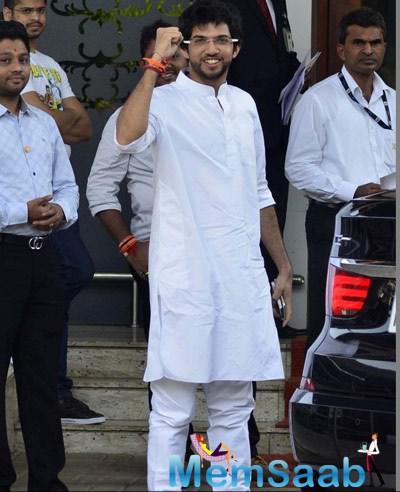 Aditya Thackeray Left For Nasik On 12th October 2014