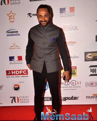 Rahul Bose Posed On Red Carpet At The Opening Ceremony Of 16th Mumbai Film Festival 2014