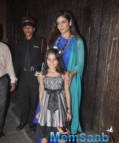 Raveena Tandon Along With Her Daughter Posed During Aaradhya Bachchan 3rd Birthday Party