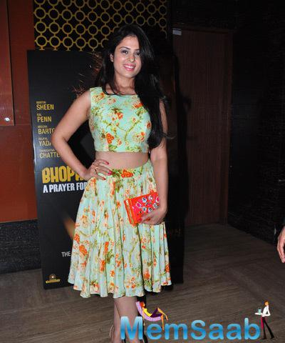 Anjana Sukhani Smiling Cool Look During The Premiere Of Film Bhopal A Prayer For Rain