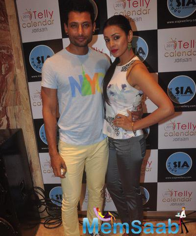 Indraneil Sengupta Posed With Wife Barkha Bisht Sengupta At Telly Calendar 2015 Girls Announcement