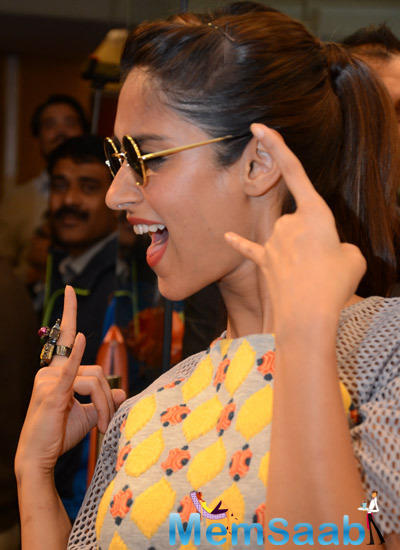 Bollywood Actress Ileana D'Cruz Monday Opened A New Store Of Footwear Brand
