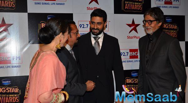 Big B With His Son Abhi Attend BIG Star Entertainment Awards 2014