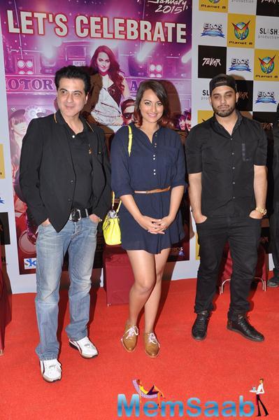 Sanjay Kapoor And Sonakshi Sinha Promote Their Upcoming Flick Tevar At Chandigarh