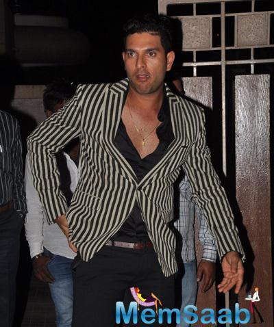 Cricketer Yuvraj Singh Arrived At Soha Ali Khan And Kunal Khemu Wedding Party