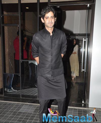 Gaurav Kapoor Dashing Handsome Look During Soha Ali Khan And Kunal Khemu Wedding Party