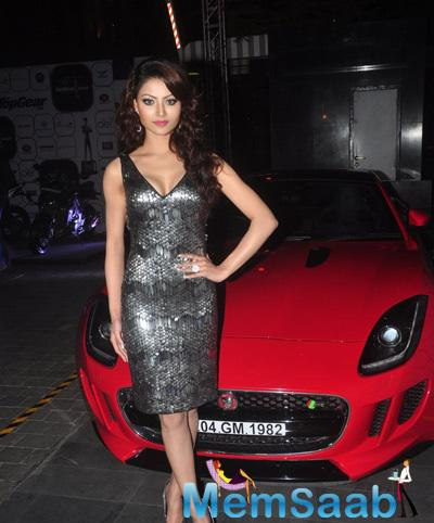 Urvashi Rautela Stunning Attractive Look During The 7th Top Gear Awards