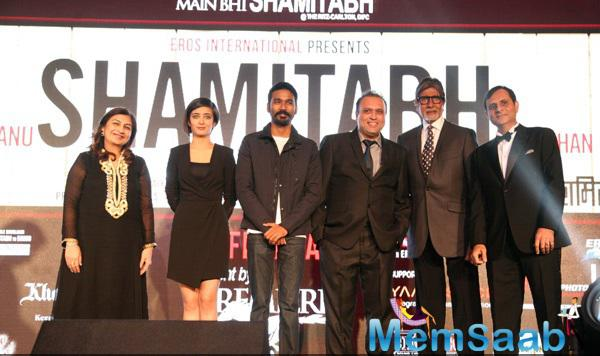Cast Strike A Pose For Shutterbugs At The Promotional Event Of Shamitabh In Dubai