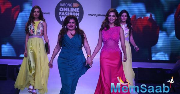 Esha Gupta Walked On Ramp With Designer Jaya Misra At Jabong Online Fashion Week 2015