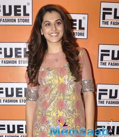 Smiling Taapsee Pannu Radiant Look During Kanika Kedia Spring Summer Collection Launch 2015