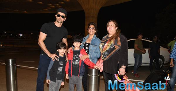 Hrithik Roshan And His Family Snapped At Airport When They Leaves For Maldives