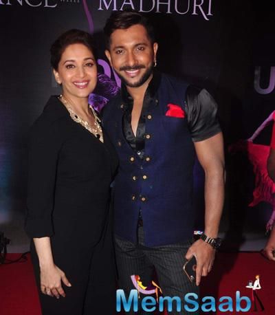 Madhuri Dixit And Terence Lewis Cool Smiling Pose At The Launch Of Madhuri Dixit Nene Online Dance Academy