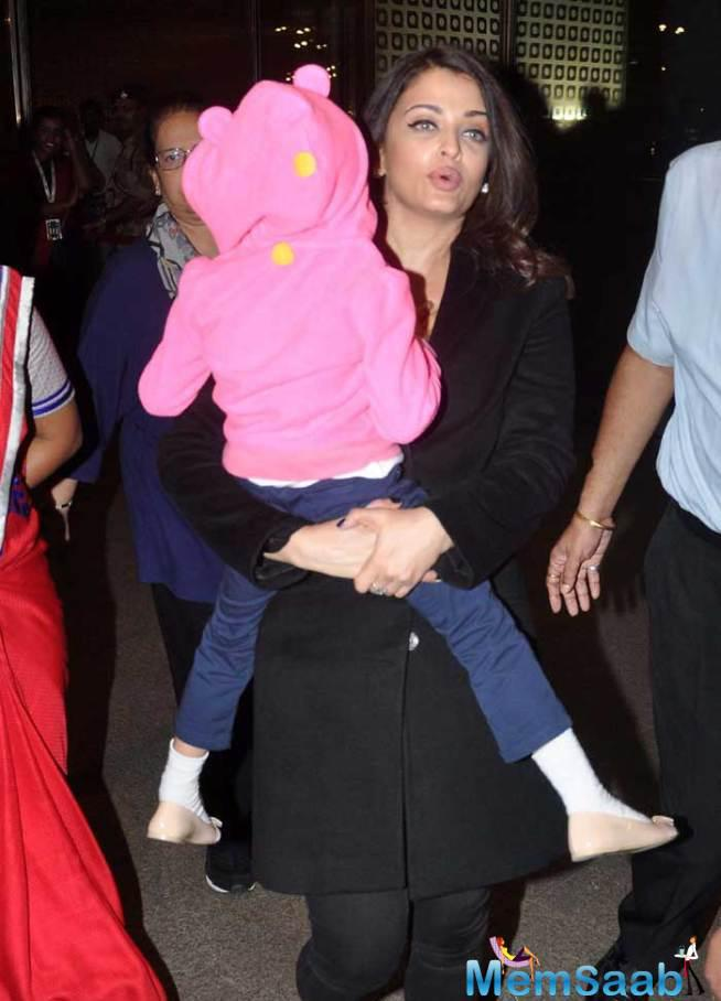 Aishwarya And Aaradhya Return To Mumbai From Cannes