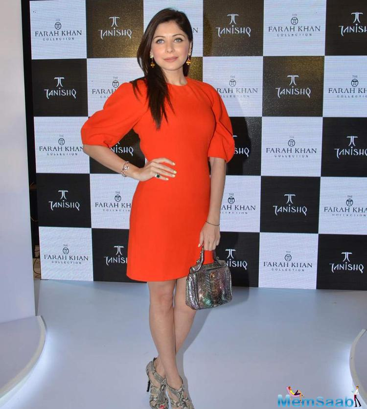Kanika Kapoor Stunning Look At Farah Khan Ali's New Collection Launch With Tanishq