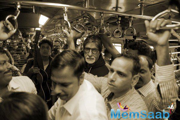 Megastar Amitabh Bachchan Gets A Feel Of The Mumbai Local Rush