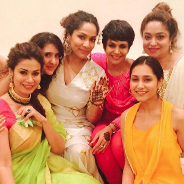 Mandira Bedi Posed This Group Picture Of Masaba Surrounded By Her Girls