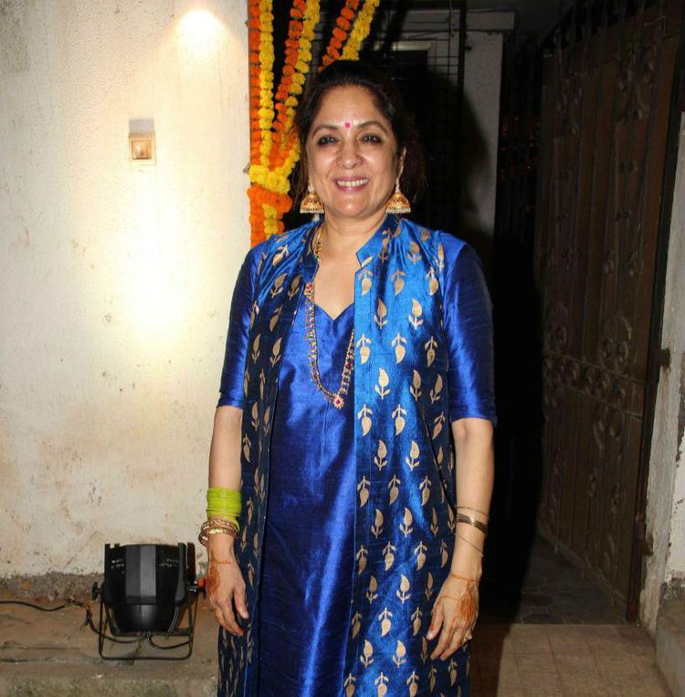 Masaba's Mother Neena Is All Smiling During Her Daughters Mehendi Ceremony