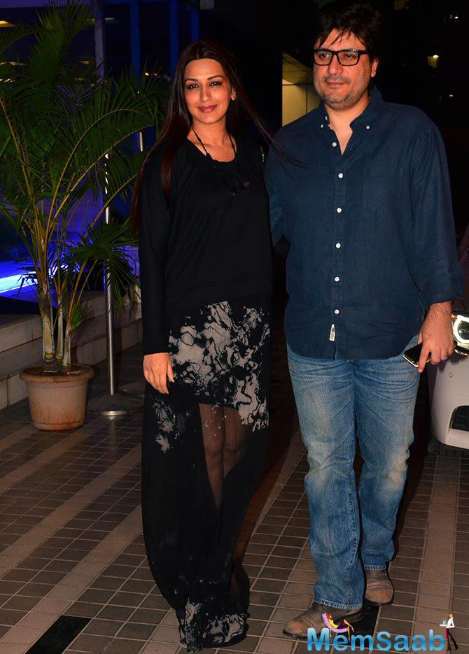 Sonali Bendre Arrived With Husband Goldie Behl At Sajid's Birthday Bash