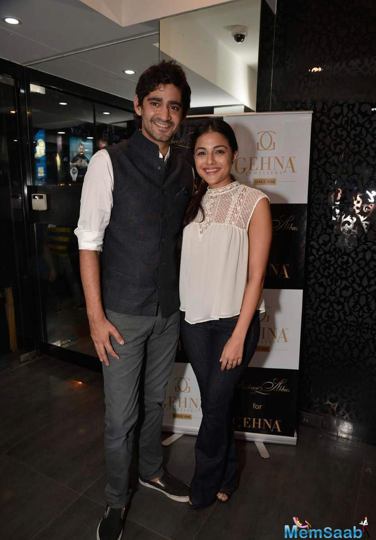Gaurav Kapoor Smiling Pose At Shaheen Abbas Collection Launch In Gehna Store